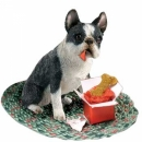 Boston Terrier Figur mit Verzierung